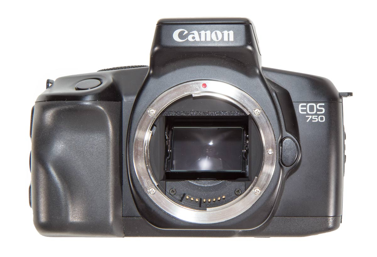 Front view of the EOS 750