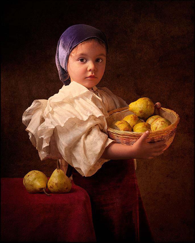 Lady-with-Lemons