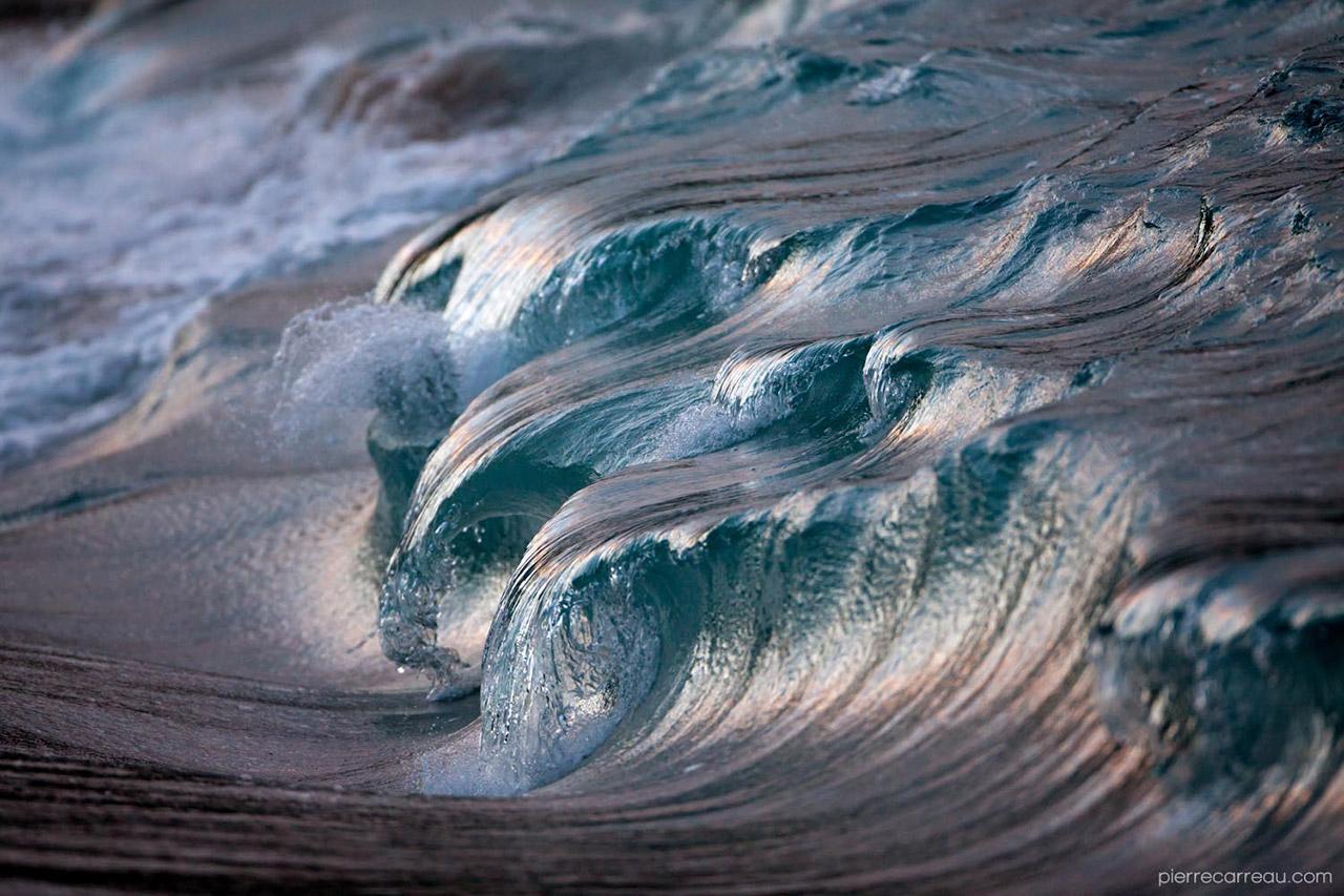 Powerful-Waves5