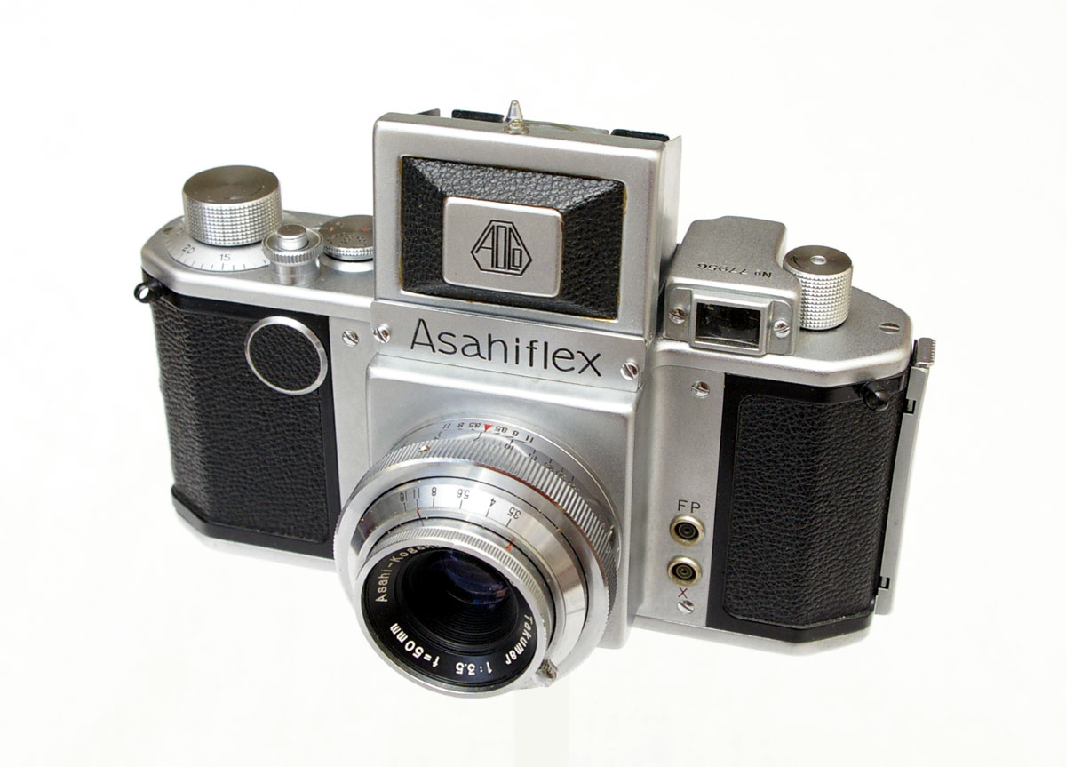 This is the first Japanese SLR manufactured by Asahi Optical which later became the Pentax company.