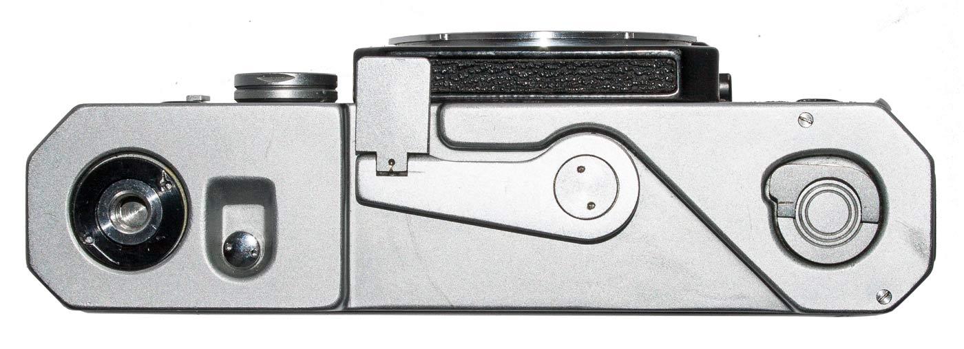 Canon R2000 Camera