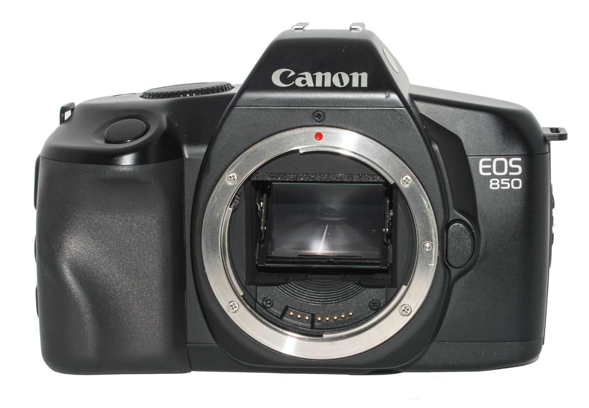Canon EOS 850 Camera