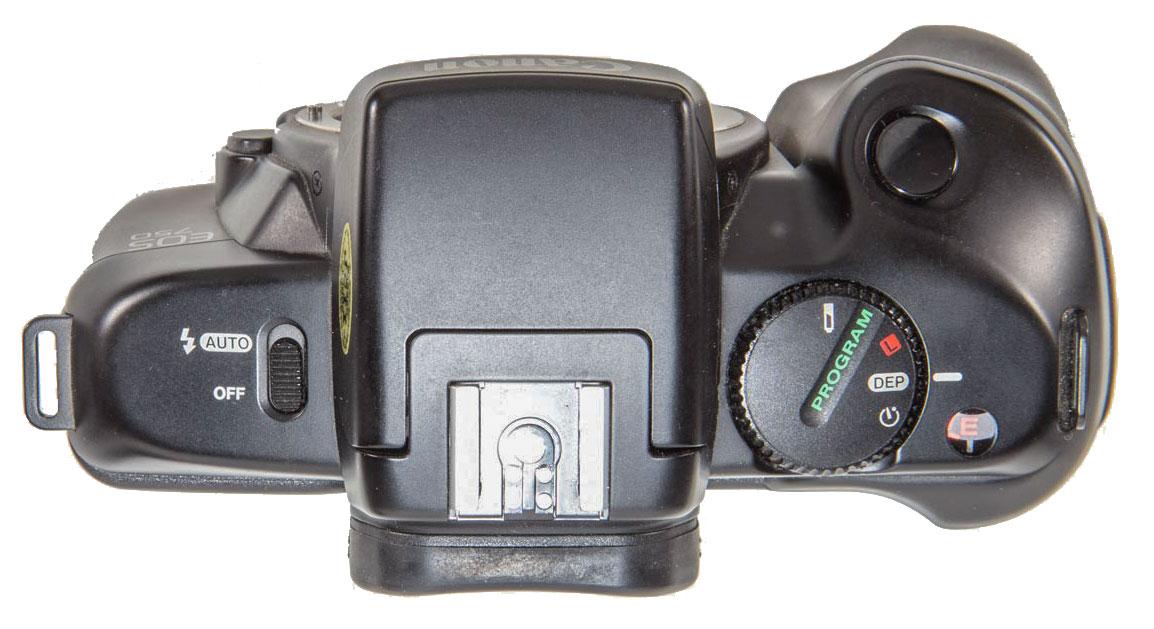 Canon EOS 750 Camera